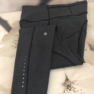 Lululemon workout tights